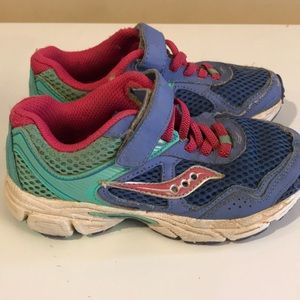 Girl's Saucony Tennis Shoes